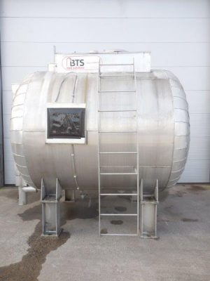 horizontal stainless steel storage tank, isolated,  innerside tank coated with plastic, -33mbar +33 mbar, used for Sulphuric Acid 50%