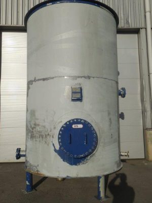 Cooling water tank stainless steel on 4+1 legs
