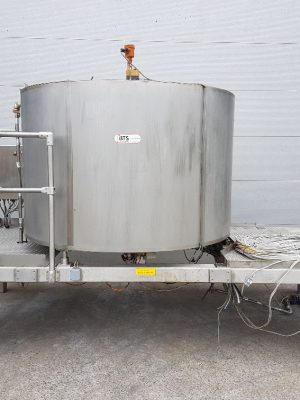 Double walled isolated stainless steel tank
